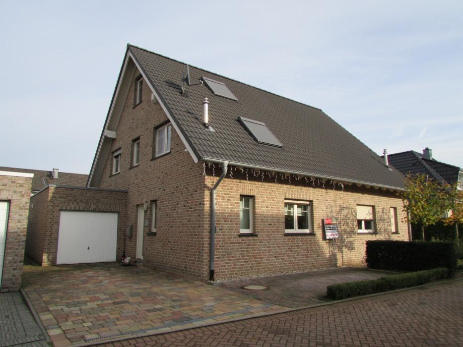 Johann-Roelevink-weg 6, 46446 Elten